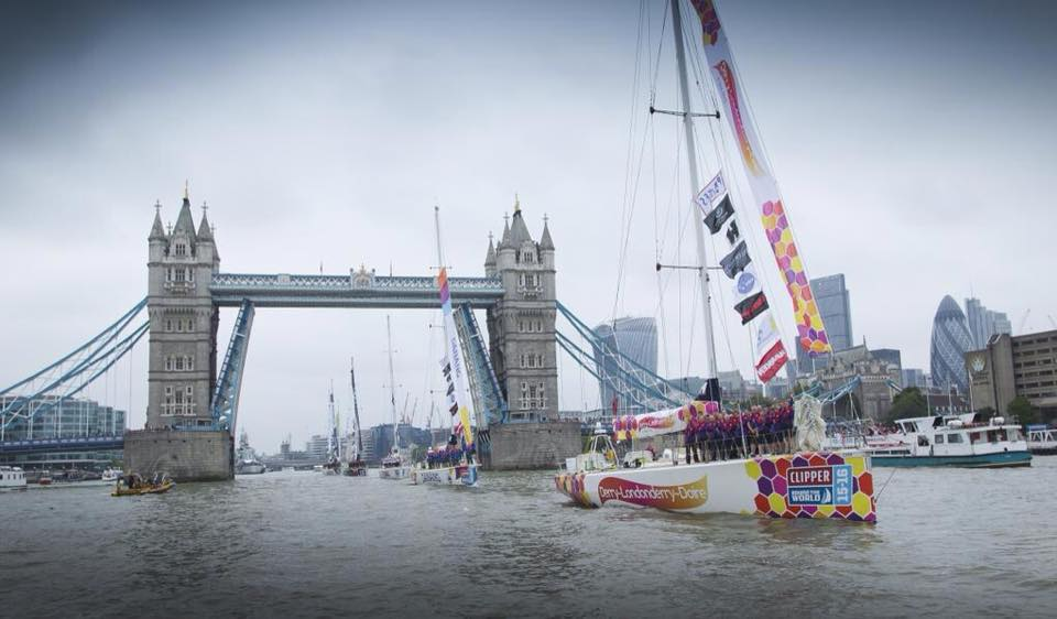 Departure of boats from Tower Bridge